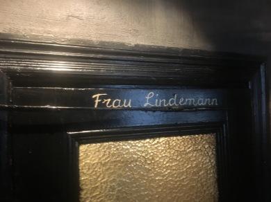 Herr Lindemann 7