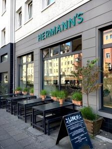 Hermanns Berlin Außen